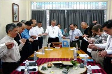 Rencontre œcuménique à Saigon : `` Je vous donne ma paix que le monde ne peut donner... ``