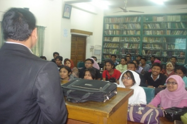 52 students taking Caodaism course in 2013 at the University of Dhaka, Bangladesh