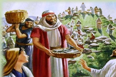 Jesus took the loaves, gave thanks, and distributed them: Gospel by pictures of Sunday XVII in Ordinary Time (29.7.2012)