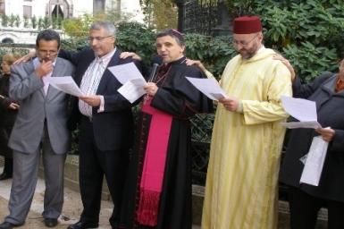Prier avec les musulmans?