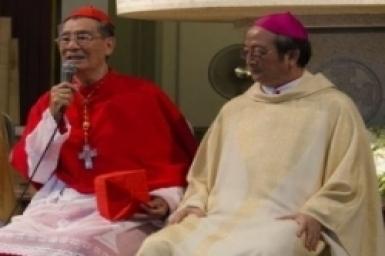 Saigon : le pape François accepte la démission du cardinal Jean-Baptiste Pham Minh Mân. Mgr Paul Bui Van Doc lui succède
