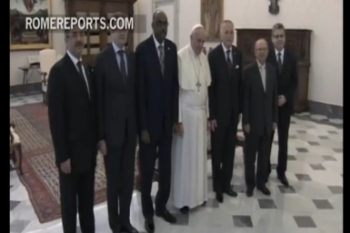 1st Ever Historic Meeting between OIC Head & Catholic Pope