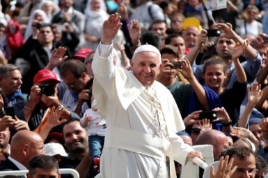 Pope Francis reforms ecclesiastical honours
