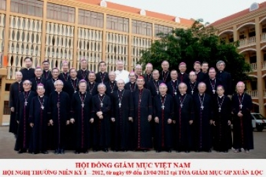 Mgr. Girelli to Vietnamese bishops: enter into society and help resurrect Church
