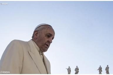 Pope sends Christmas greetings to prisoners