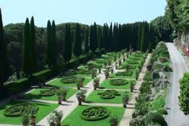Castel Gandolfo papal gardens are opened to the public