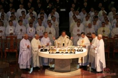 Homélie a la Messe Chrismale 2015
