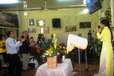 Première rencontre avec l'Eglise Pentecôtiste du Vietnam