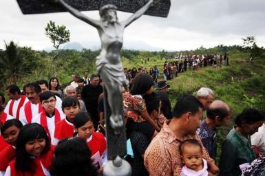 Indonesian Catholics prepare for Holy Week rites