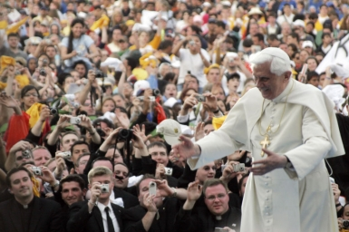 The path of joy for Evangelization - Message for World Youth Day 2012
