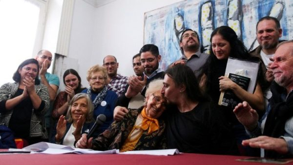 Argentina mourns Grandmothers of Plaza de Mayo founder