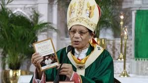 """Cardinal Gracias releases Indian edition of """"Fratelli tutti"""""""