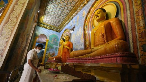 Covid-19: UN urges unity and service on Buddhist feast of Vesakh