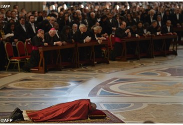 Pope Francis presides over Passion Liturgy in St. Peter`s