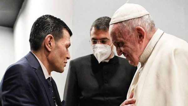Pope Francis meets Alan Kurdi's father