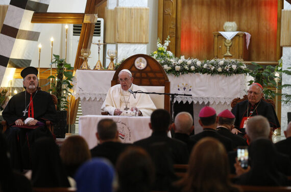 Pope to Iraqi clergy, religious: Violence and hate are incompatible with religion
