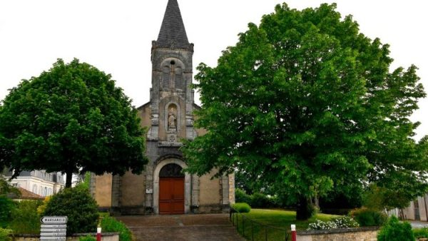 France ordered to end Covid ban on worship