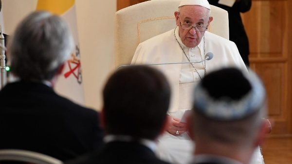 Pope in Slovakia: Religions must unite in contemplation and action
