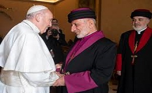 Pope Francis greets Catholicos–Patriarch Mar Gewargis III in Erbil