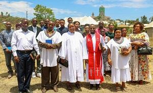 Tanzania: Youth preaching the Gospel, planting trees