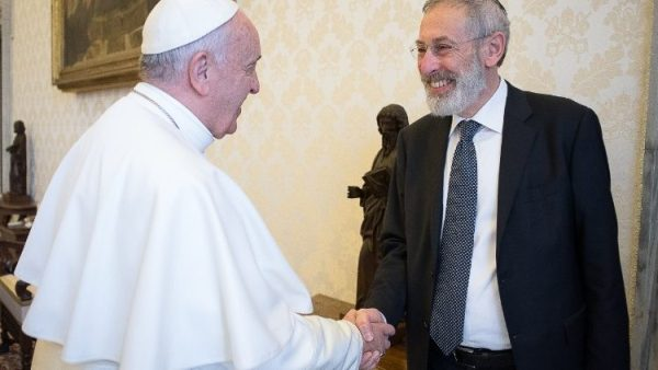 Pope and Rome Rabbi exchange greetings