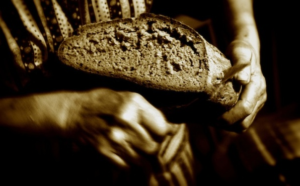 DAILY MEDITATION: ``'Give us this bread always'. 'I am the bread of life'``