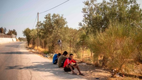 EU to shelter children from Greek camp