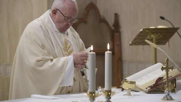 Pope at Mass: Advent is a time for purifying the faith