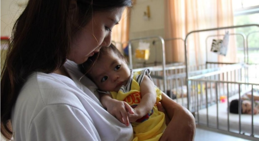 The Sisters of Từ Phong save single mothers from abortion