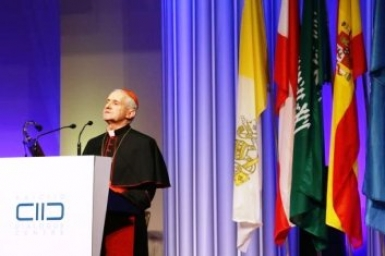 Cardinal Tauran at the inauguration of the KAICIID