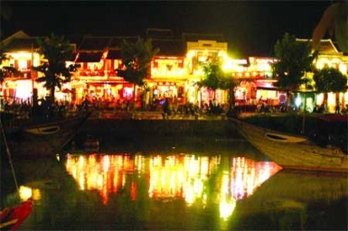 Hoi An: Festival of lights