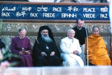 ``Le sens du rassemblement d`Assise`` par Jean-Paul II