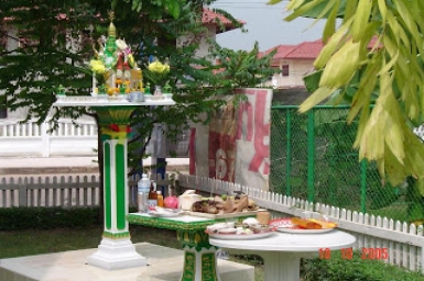Thai Spirit Houses 'sanphaphoom'