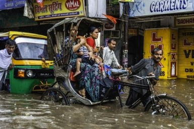South Asia`s disunited nations prevent effective flood relief