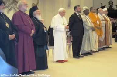 Assisi event calls for peace as a human right