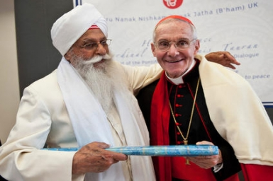 Cardinal Tauran: optimism over Catholic-Muslim Summit