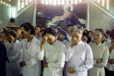 Saigon: Through prayer and solidarity, Catholics celebrate Holy Week