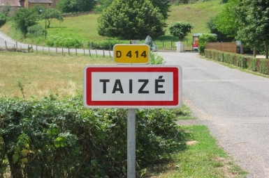 Pope Francis meets with Taizé Prior