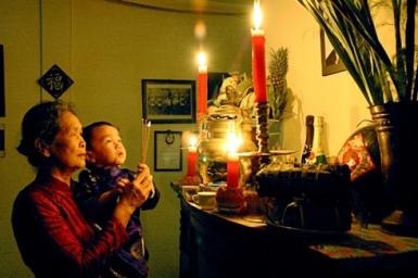 Tradition familiale et changement démographique, les deux pôles de la famille au Vietnam