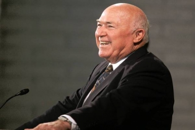 Chuck Smith - The Evangelical pastor dies after cancer battle